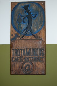 Carved Logo, Trotamundos Entrance