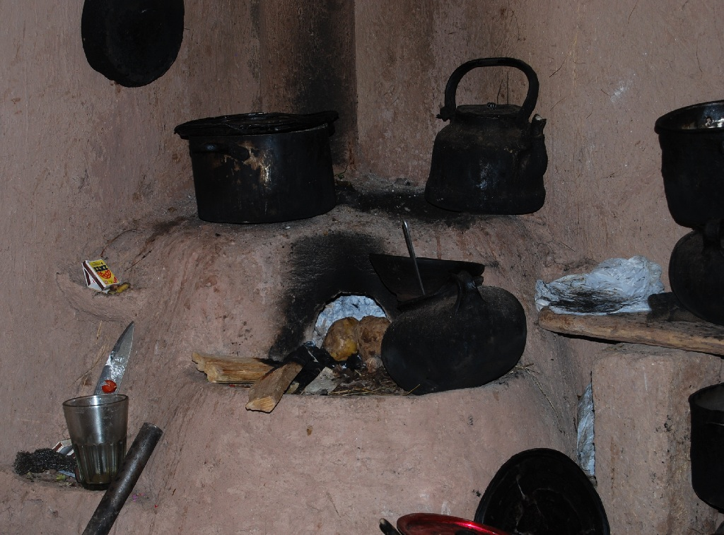 Traditional Mud Stoves and Ovens Make the Best Food