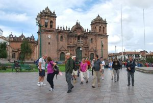 Tourists in the Plaza de Armas
