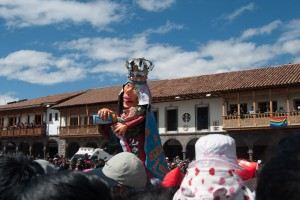 A Giant Allegory Rode through Cuzco Today (Photo: Arnold Fernandez Coraza)
