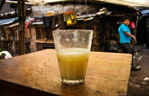 A Delicious Corn Juice (Chicha) in Limatambo (Photo: Wayra)