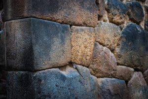 An Inca Wall of Big Stones In Ollantaytambo (Photo: Wayra)