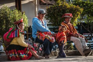 A Family from Ollantaytambo (Photo: Wayra)