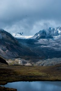 Andes Glaciated Mountain and Lakes (Photo: Walter Coraza morveli)