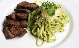 Green Pasta with Steak