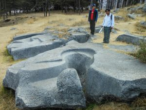 Amazing, Fluid Carvings in Stone, Q'enqo Chico