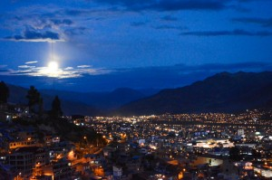 Mama Killa Illuminating the Hole City of Cusco (Photo: Walter Coraza Morveli)