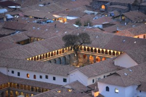 A Colonial Mansion in Cuzco (Walter Coraza Morveli)