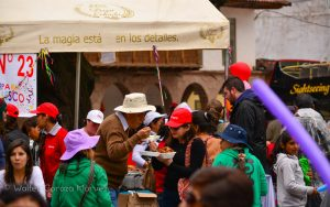 Eating in the Festiva, Plaza Regocijo