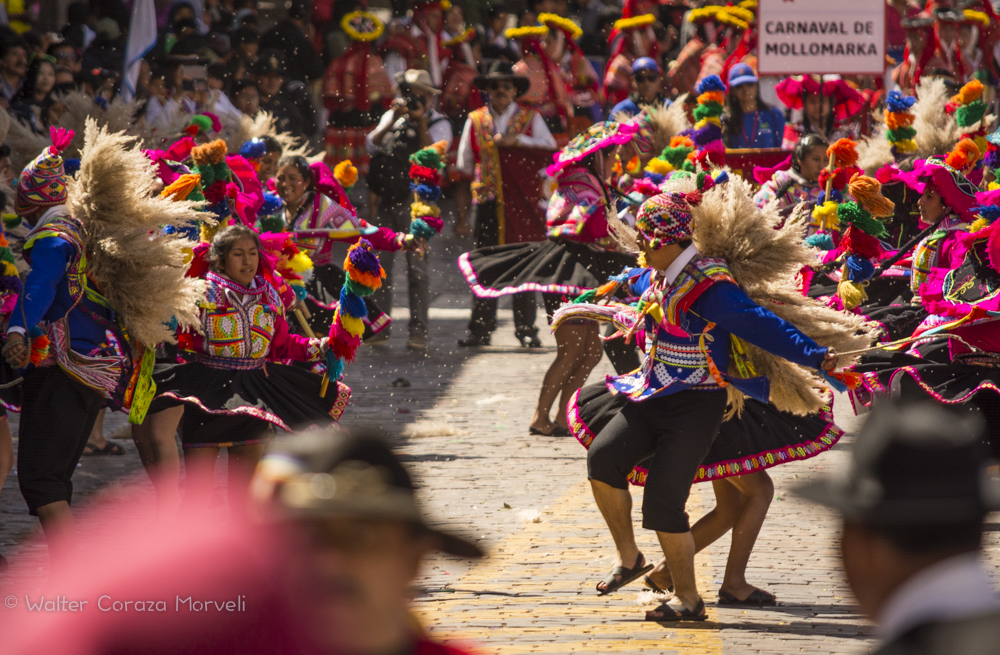 Carnaval de Mollomarka in the Plaza of Cusco (Walter Coraza Morveli)