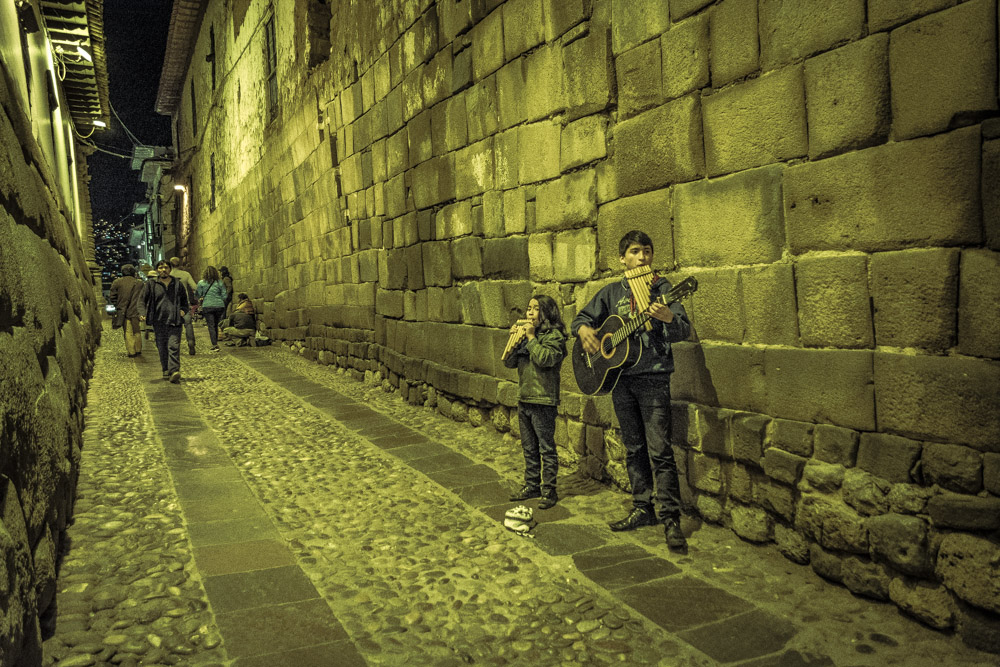 Night Life in Hatunrumiyoc Street, Boys Playing Zampoñas