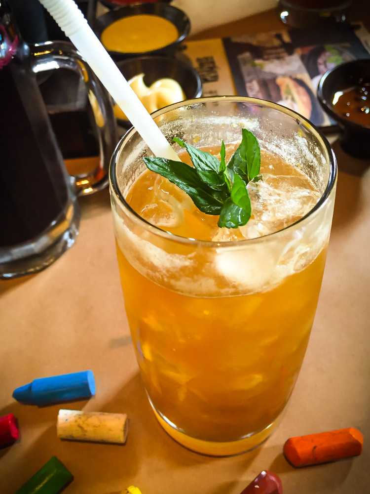 """Mystic"" Iced Tea, with Ginger and Mint (Walter Coraza Morveli)"