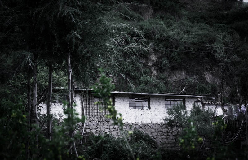 An Old home with Windows near the River (Hebert Edgardo Huamani Jara)